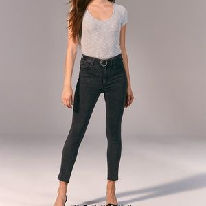NWT Abercrombie & Fitch high rise skinny jeans